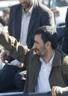 پیرزنی از احمدی نژاد خواستگاری کرد